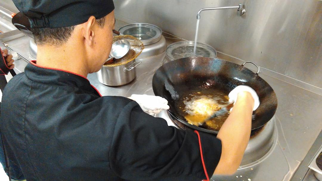 Suka dengan beragam menu olahan daging bebek dan bebek goreng? Pahami dulu 5 fakta tentang daging bebek ini sebelum Anda mengkonsumsinya!