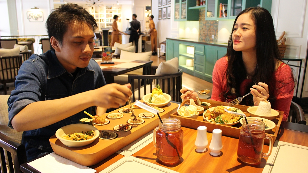 Tempat Makan Bebek Goreng Enak yang Nyaman, di Keuken Café&Resto